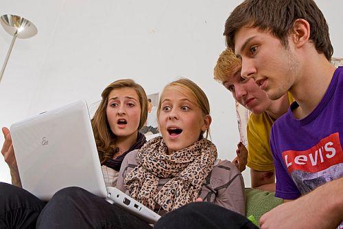 Képek a meztelen tinédzserekről