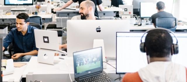 beruházások internetes projektekbe és startupokba